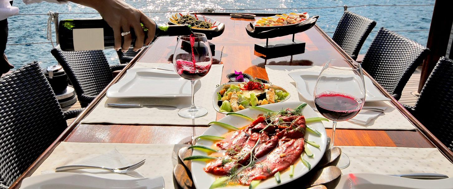 outdoor dining in fort lauderdale